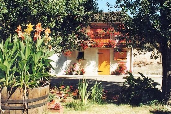 Comberouger maison village